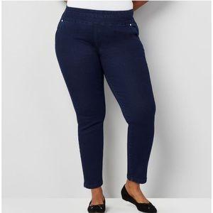Avenue Wanna Betta Butt Ankle Jeans NWT